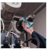 фото: Протирочный материал Kimberly-Clark WypAll L40 7452, высокая впитываемость, в рулоне, 255м, 1 слой, белый